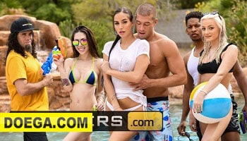 Brazzers - Big Tit Babe Desiree Dulce is the Hit of the Pool Party