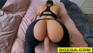 MissArianaxxx Porn Stepsister can't Resist my Cock after Gym