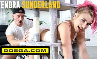 Big Tit Kendra Sunderland Gets Stuck and needs some help from Zac Wild