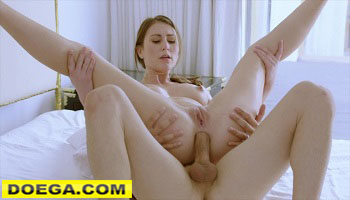 Paige Owens 2021 Porn Assistant makes her Boss Work for Anal